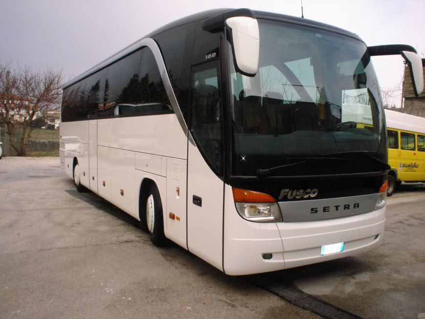 SETRA 415 WHITE – 53 SEATER